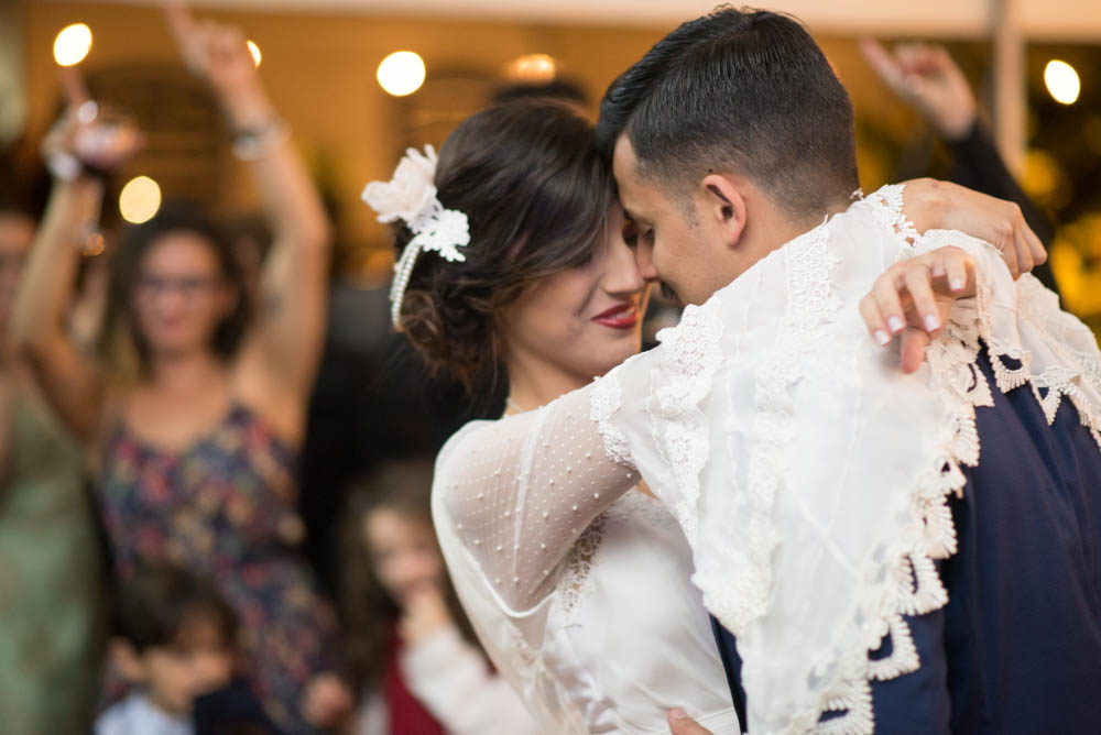 Example of the creamy bokeh of the Nikkor 85mm f/1.8 during wedding first dance