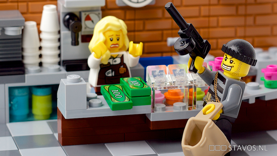 Image of a robbery dramatized with Legos
