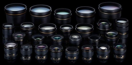 Image showing a bunch of Nikon lenses for article about the best Nikon DX lenses