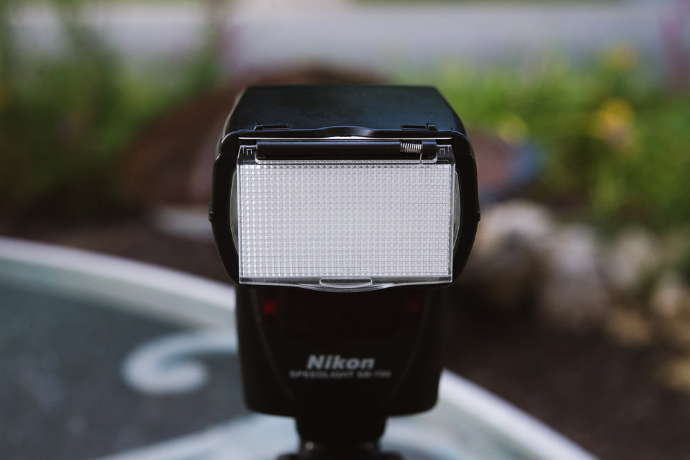 Image showing the Nikon SB-700 with its diffuser in front of the flash head