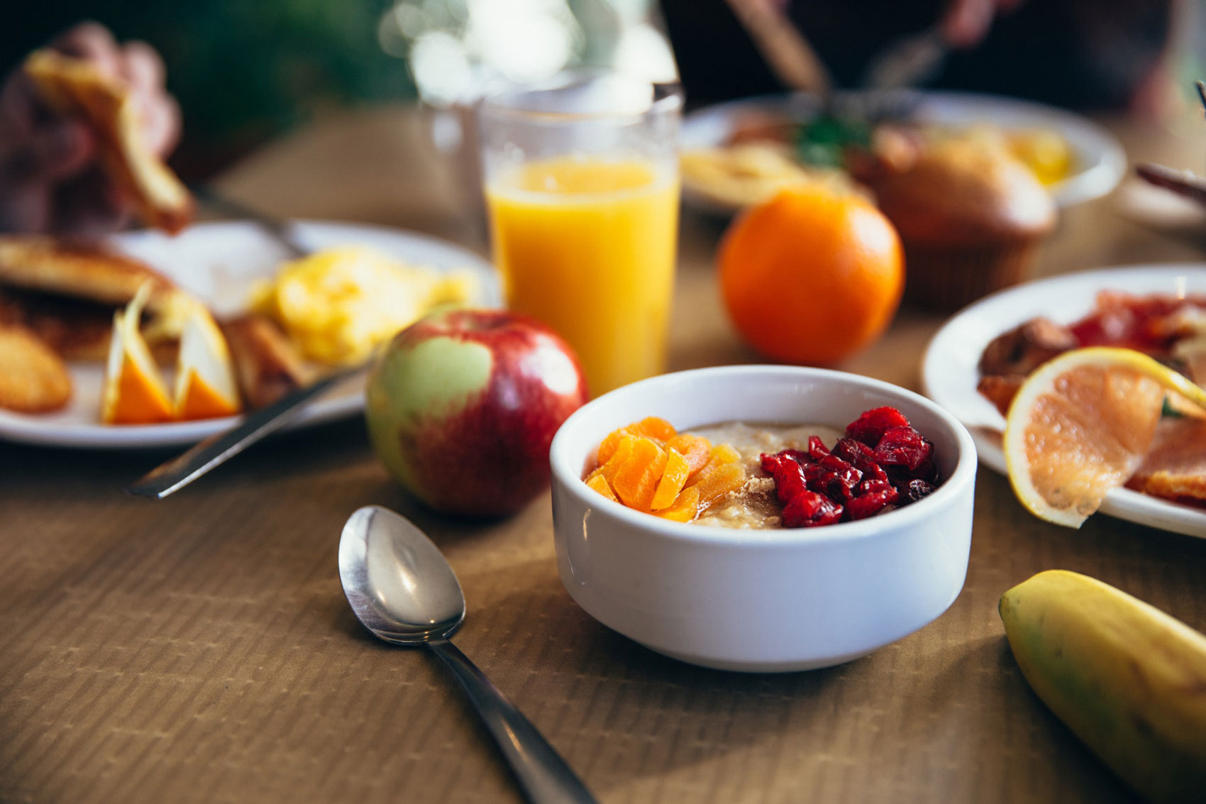 Image of breakfast food laid out on a table